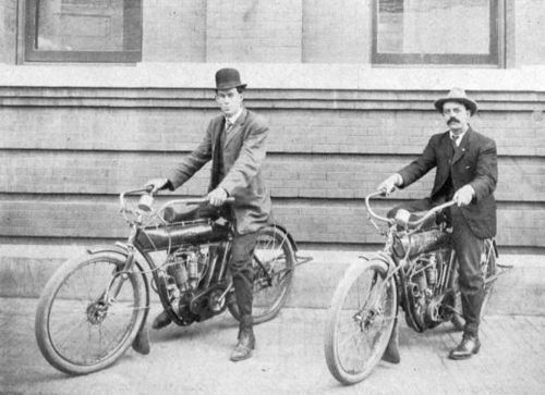 dallas-police_motorcycles_1910_b