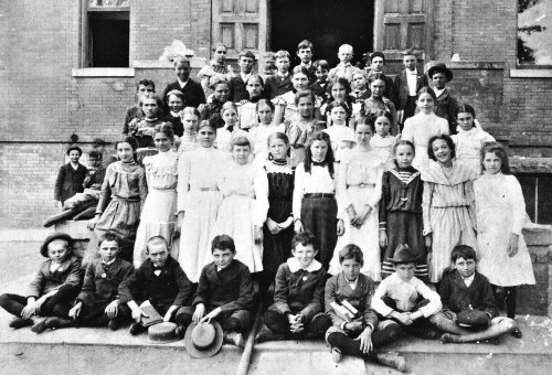 san-jacinto-school_6th-grade_1899-1900