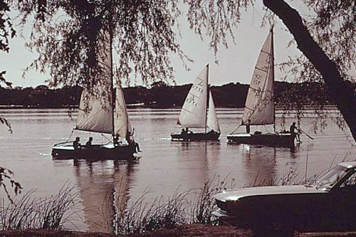 white-rock_sailing_2-1972_EPA