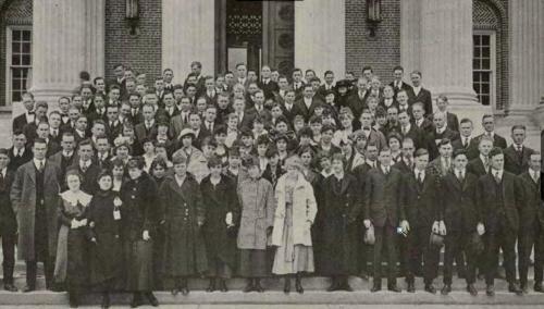 12smu-rotunda-1916_freshman-class