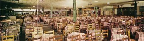 dewey-groom_longhorn-ballroom_int