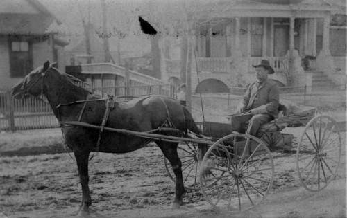 jordan-moore-buggy_c1905