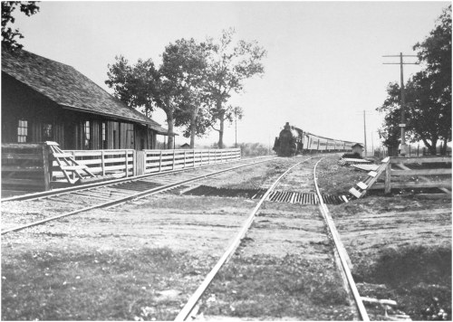 katy-train_mockingbird-greenville_c1908