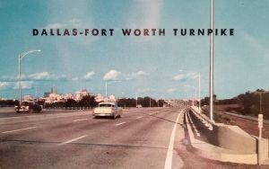 dfw-turnpike_postcard_skyline