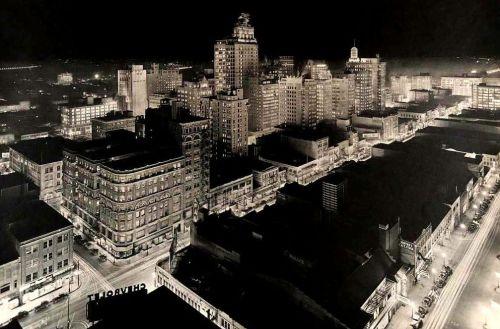 downtown_night_lloyd-long_smu_foscue