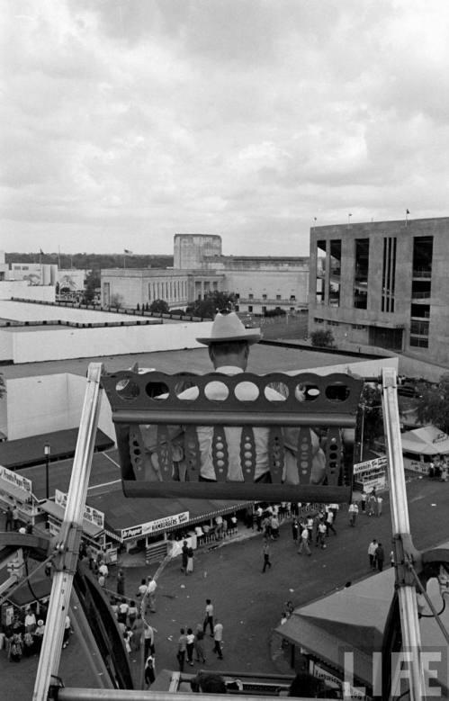 fair-park-midway_life_1951