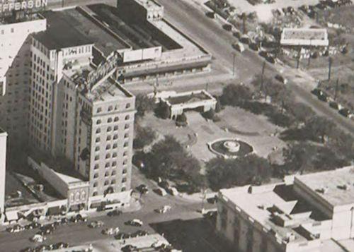 ferris-plaza_aerial_smu_c1949-det