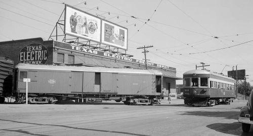 freight_interurban_denver-pub-lib_1946