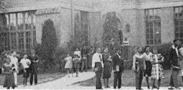 dunbar-branch-library_lincoln-high-school-yrbk-ad_1958-det
