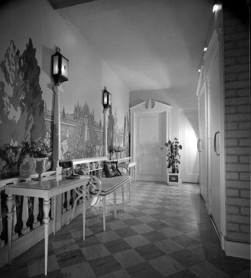 feldman_entryway_huntington-lib