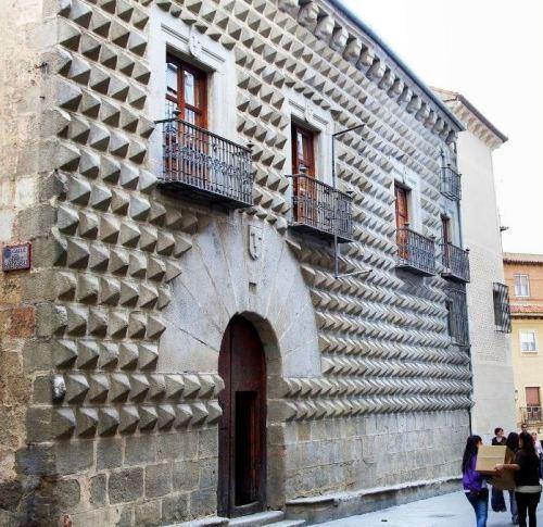 casa-de-los-picos_trover-website