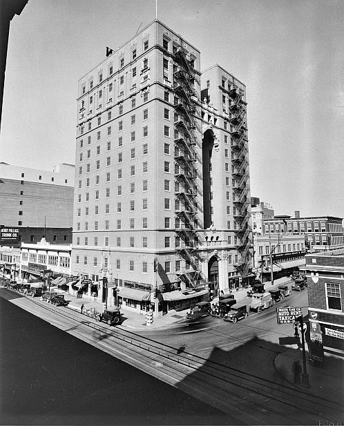 hilton-hotel_1930_portal_sm