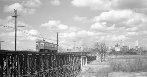 interurban_trestle_1946_denver-pub-lib_lg
