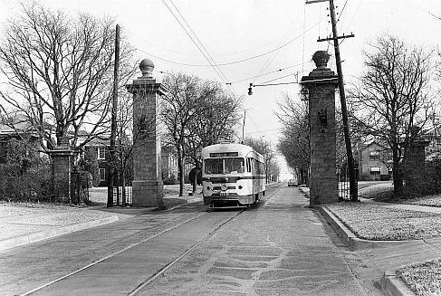 junius-streetcar_junius-gates_DPL_sm