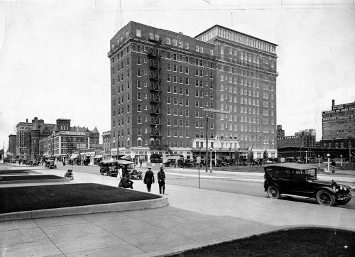 jefferson-hotel_1921_UTA