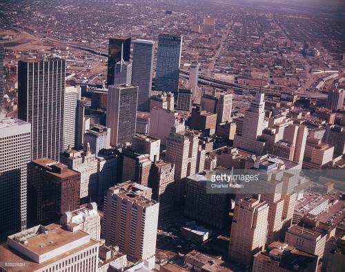 skyline_aerial_1974_getty-images_watermark