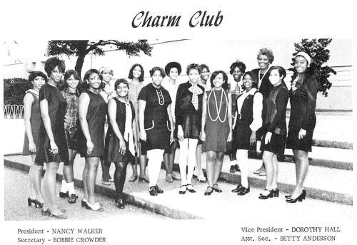 madison_1970-yrbk_charm-club