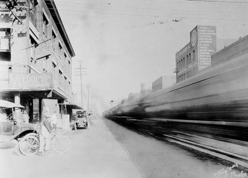 pacific-akard_park-cities-photohistory_frank-rogers