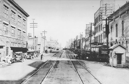 pacific-ave_showing-t-and-p-tracks_1920