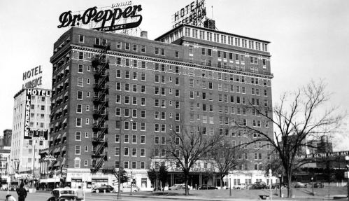 jefferson-hotel_hotel-lawrence_dr-pepper-sign_dmn-tumblr