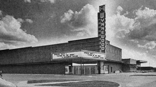 wynnewood_film_screenshot_theater