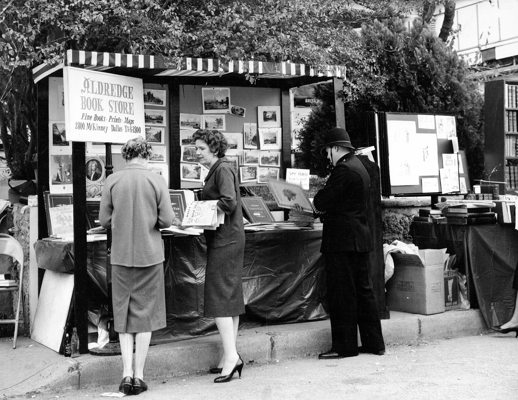 ABS_mimi_sale-street-fair_1958