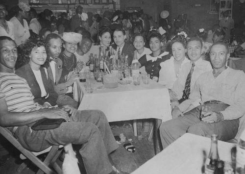 rose-ballroom_aug-1942_cook-collection_degolyer_smu