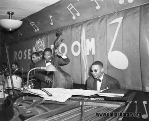 rose-room_the-e-f-band_marion-butts_dpl_1946