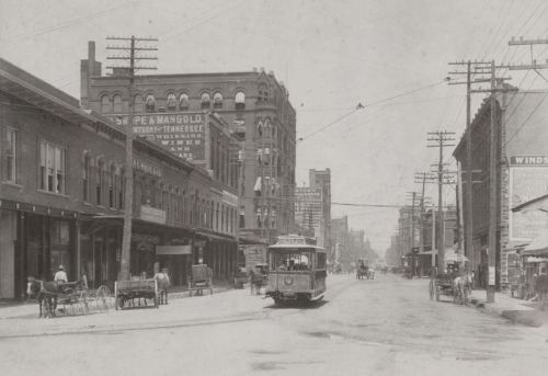 swiss-ave-streetcar_main-and-market_cook-degolyer_c1900