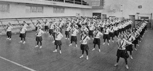 ndhs_drill_1923-yrbk