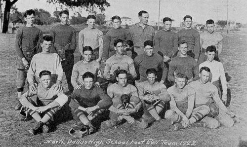 ndhs_football_1923-yrbk