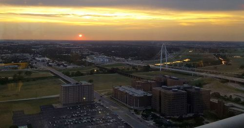 reunion-tower_sunset_jail_091217