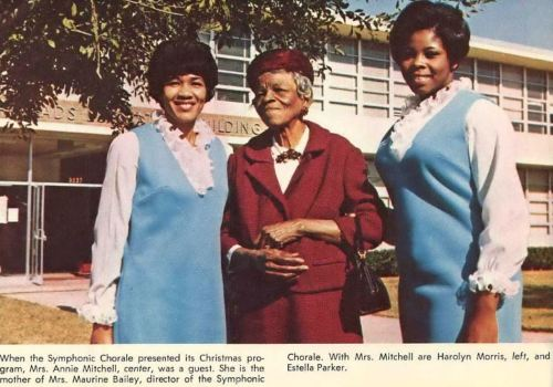 bishop-college_1969-yrbk_mrs-annie-mitchell