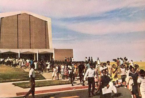 bishop-college_1969_crowd