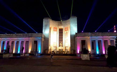 hall-of-state_illuminated_night_sfot_100417