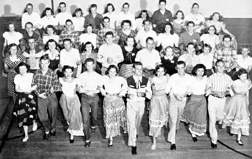 square-dancing_promenaders_smu_1951-yrbk