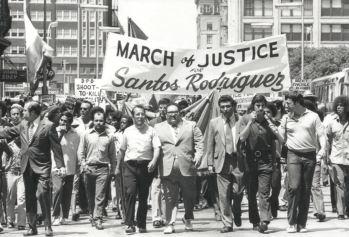 santos-rodriguez_march_contact-sheet-12_andy-hanson_degolyer_SMU