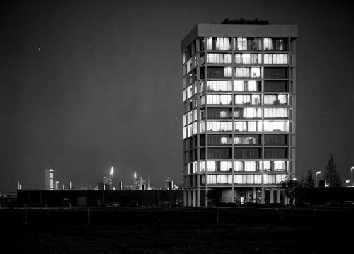 stemmons-tower_night_squire-haskins_041963_UTA