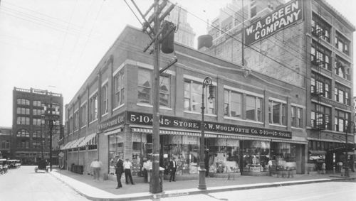 elm-stone_woolworths_mcafee_degolyer_SMU_ca-1920_cropped