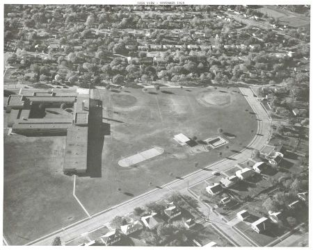 casa-view-elementary_park_aerial_squire-haskins_nov-1969_dallas-municipal-archives_portal