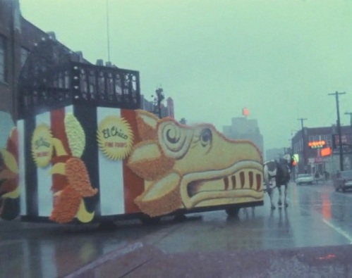 sfot_rain_1967_wbap_unt_el-chico-float