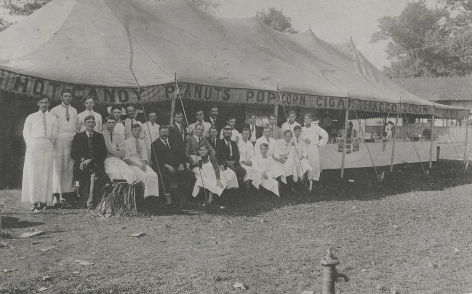 state-fair-concessionaires_1910_cook-colln_degolyer