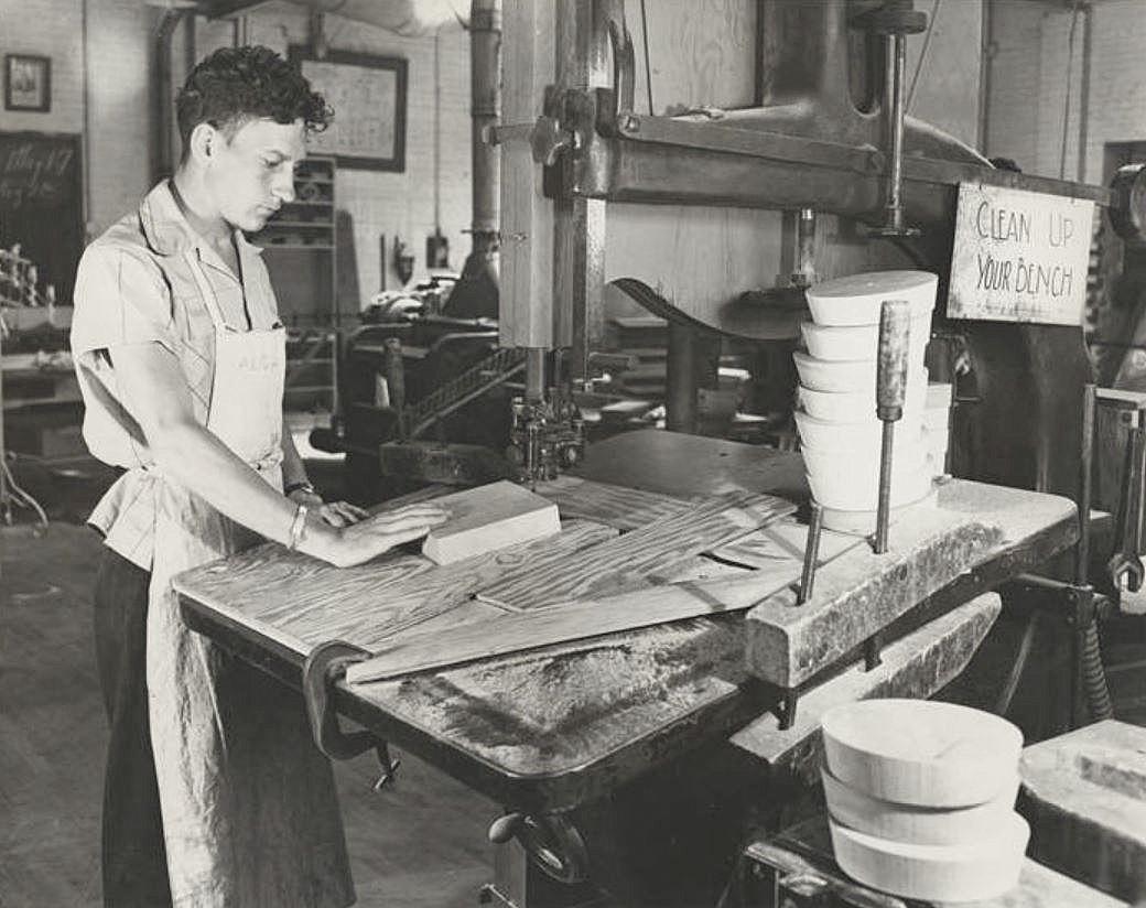 Crozier Technical High School Ca 1946 Flashback Dallas