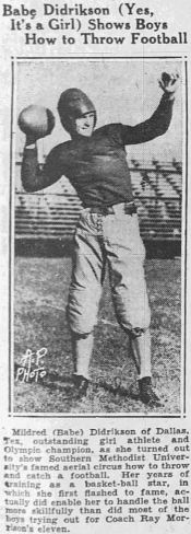 didrikson-babe_football-SMU_boston-globe_092332