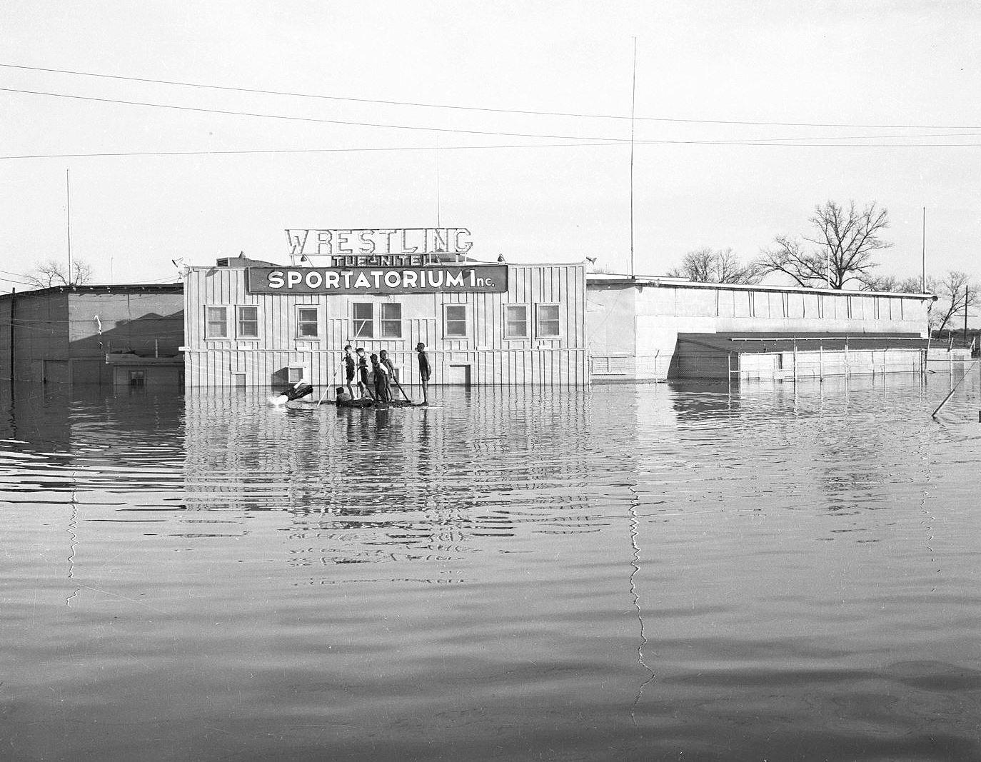sportatorium_flood_squire-haskins_UTA_boys-2