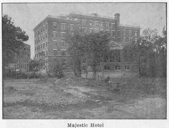 majestic-hotel_come-to-dallas_degolyer_SMU_ca1905