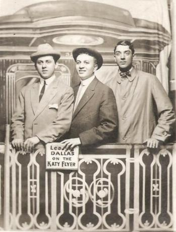 katy-flyer_three-men_1915_ebay