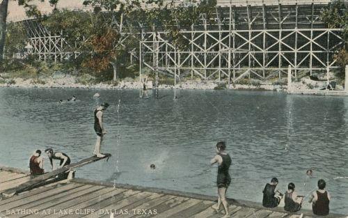 lake-cliff-bathing_1910s_postcard_degolyer