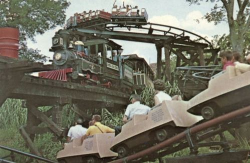 six-flags-over-texas_three-rides_postcard_ken-collier
