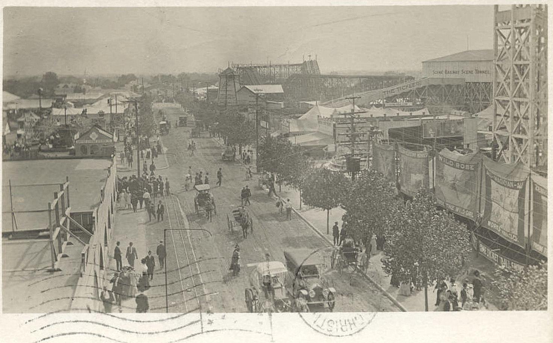 state-fair_street-scene_john-minor_1911_cook-colln_degolyer